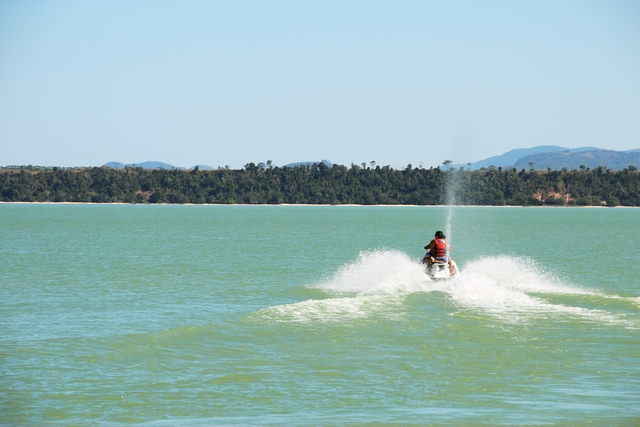 Esportes radicais na Lagoa Juparanã