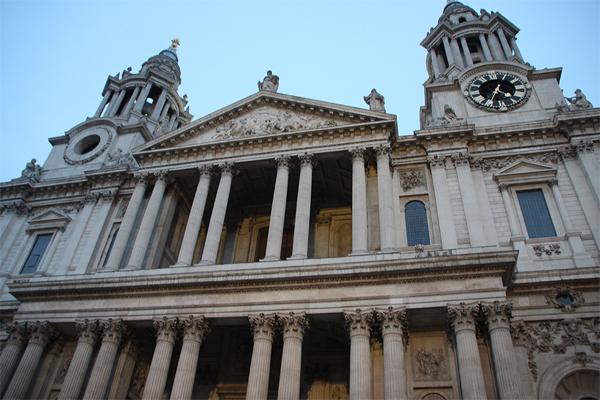 Catedral de St Paul tão imensa que não deu para enquadrá-la na foto