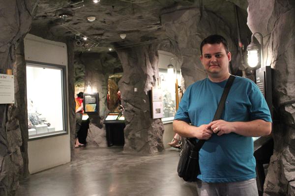 A sala das Gemas e Minerais era em uma própria mina... Muito legal...