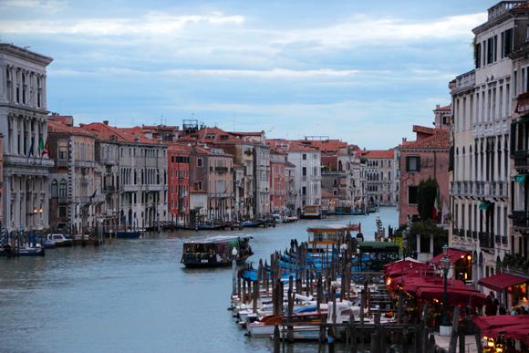 Uma cidade sobre as águas, encanta a todos que a visitam...