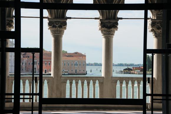 Vista das logias do Primeiro andar para o lindo verde da Laguna Veneziana.