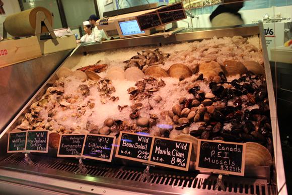 Frutos do mar fresquinhos para levar na hora...