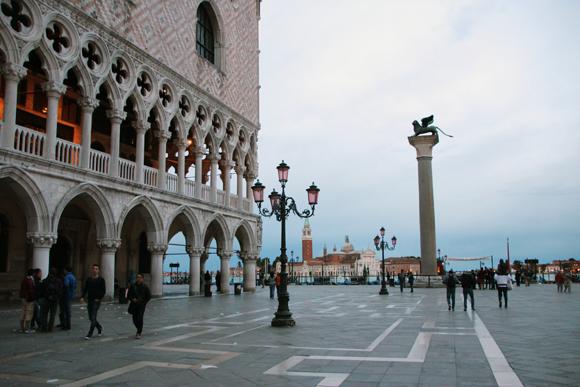Uma vista romântica e inspiradora... Veneza é simplesmente inesquecível...
