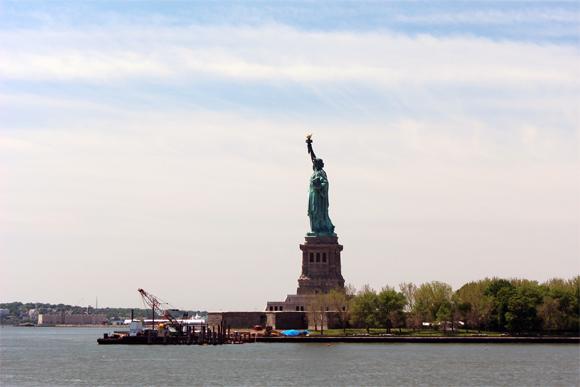 A vista da Estátua da Liberdade, do nosso cruzeiro, muito emocionante...