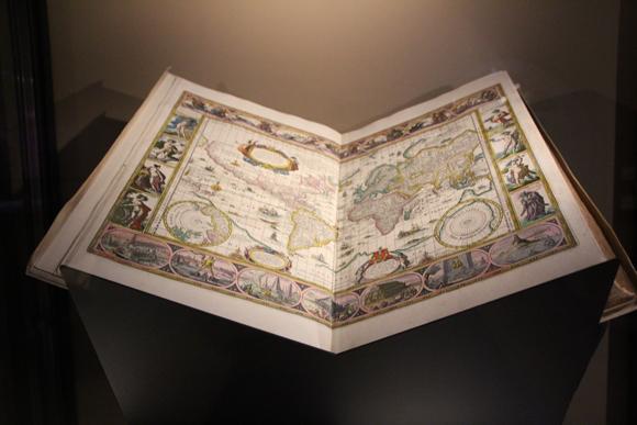 Mapa mundi do século XVII.