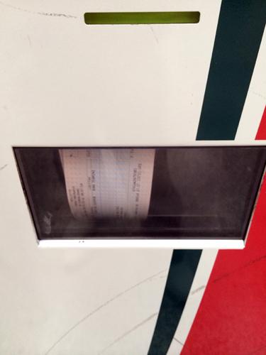Como um passe de mágica, voilá!!! apareceram os bilhetes, um de cada vez!!!