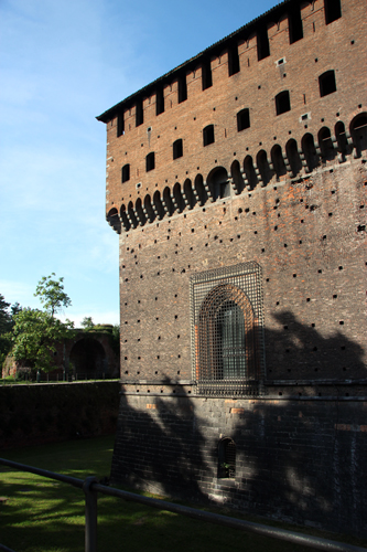 As muralhas do Castelo Sforzesco