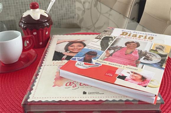 Chef Carla Pernambuco - Dois dos seus livros que muito me inspiram...