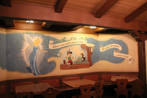 O salão do Pinocchio Village Haus.