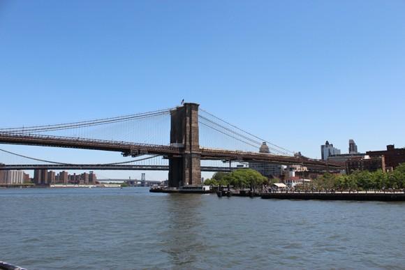 Nossa primeira ida à New York passeamos de barco e pudemos apreciá-la do rio...