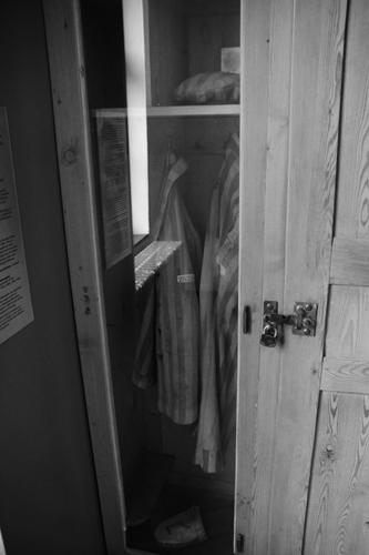 Uniformes reais, utilizados por um prisioneiro em Dachau.