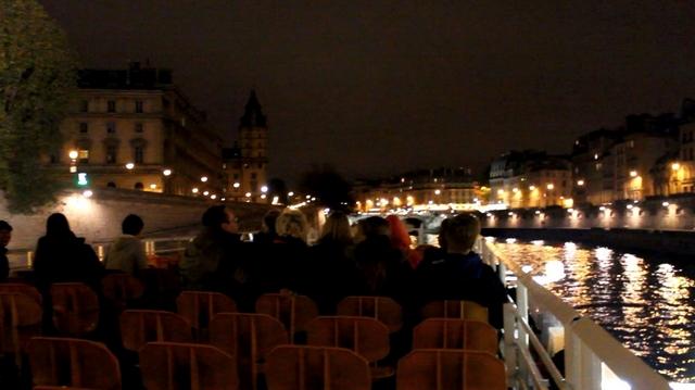 Paris – Uma volta de Bateaux Mouche